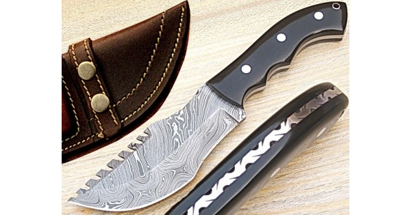 Custom Damascus Steel Tracker Knife by Gladiators H-45